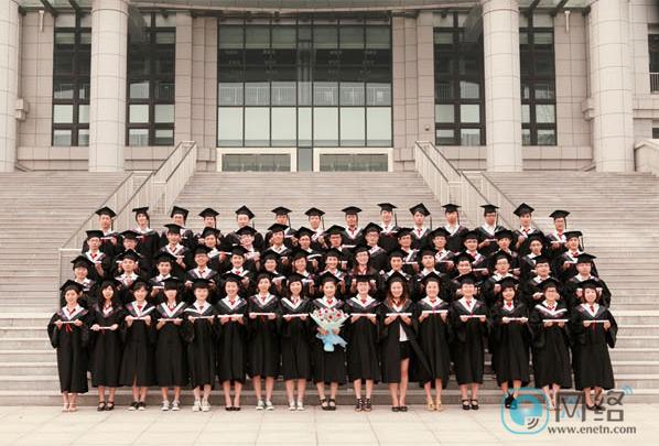 如何让毕业照与众不同?拍照创意全攻略学起来! 摄影爱好 第1张