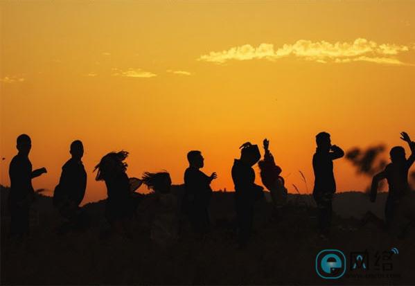 如何让毕业照与众不同?拍照创意全攻略学起来! 摄影爱好 第16张