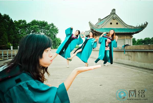 如何让毕业照与众不同?拍照创意全攻略学起来! 摄影爱好 第19张
